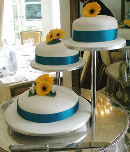 CNV00085_JPG birthday cakes high wycombe 7 on birthday cakes high wycombe